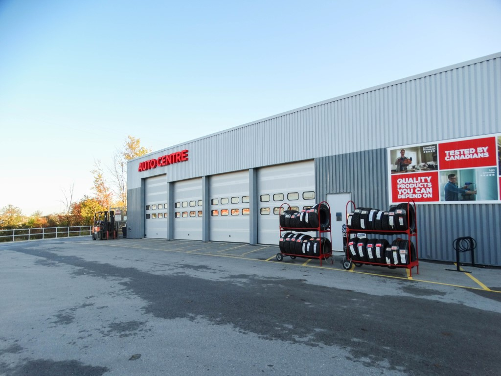 Canadian Tire - Mount Forest