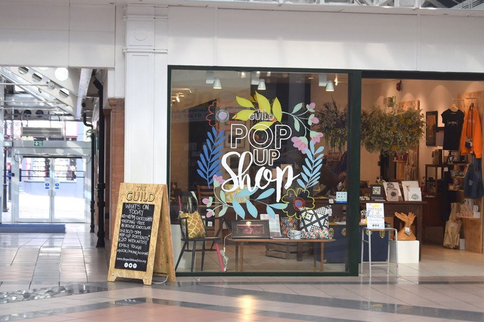 pop-up shop in mall